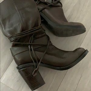 Vince Camuto Shoes - Vince camuto genuine leather boots